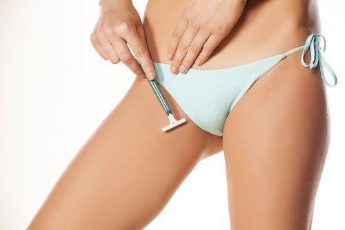 Rasage entre les cuisses  Conseils pour se raser correctement la zone du bikini