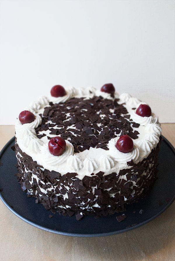 Kleine Schwarzwalder Kirschtorte Kuchen Und Torten Kuchen Und Torten Rezepte Kleine Kuchen Backen