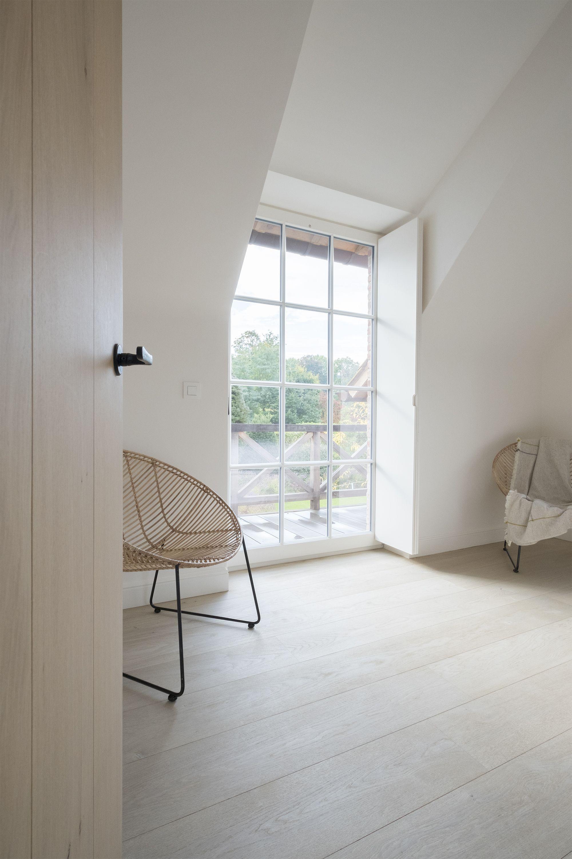 home sweet home tijdloos interieur met monastieke sfeer brengt hulde aan het verleden