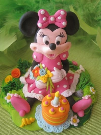 Minnie Mouse  By GaliaHristovaGuGi on CakeCentral.com