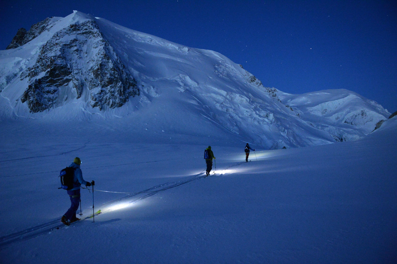 ski de randonnée de nuit. #ski #rando #touring #glisshop