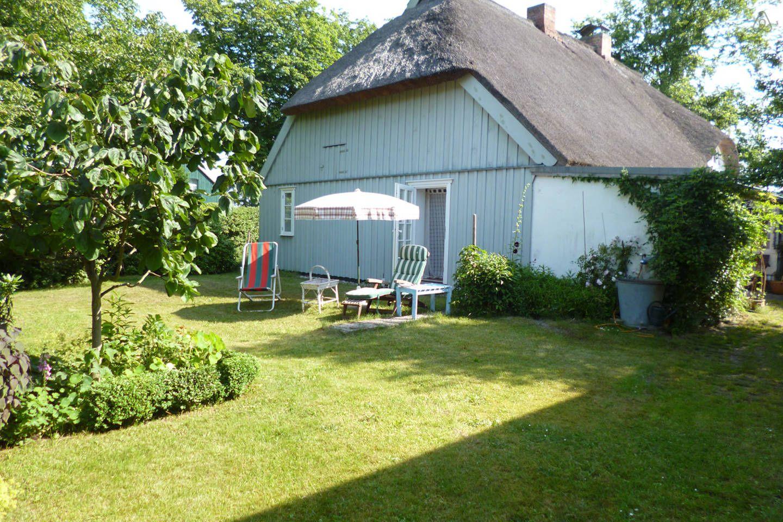 Fischerhaus Auf Dem Darss Mit Garten In Prerow Haus Mieten Reetdachhaus Haus