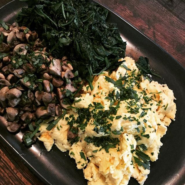 Sundays call for a sleep in. So why not have scrambled eggs with sautéed spinach and butter tossed mushrooms with sorrel delivered to your door to feast on. X #daisydining #catering #daylesford #daylesfordcatering #bespokecatering #bespoke #traditionalcooking #localproduce #scrambledeggs #spinach #mushroom #vegetarian #vegan #cleaneating #healthyfood #food #foodpics #foodstyle #foodshare #foodgram #foodforfoodies #privatechef #privatedining #events #melbourne #melbournefood #wanderlust…