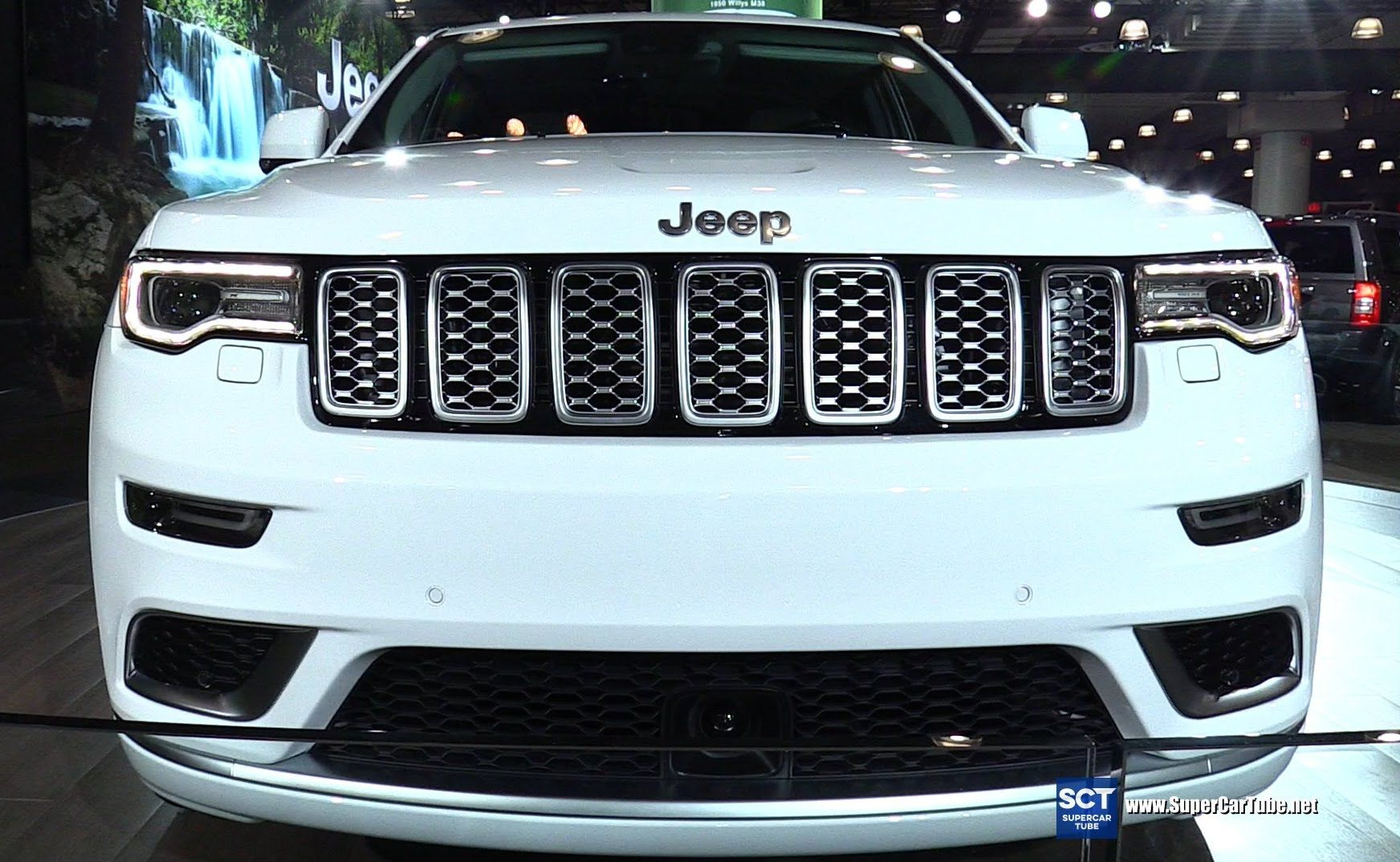 2017 Jeep Grand Cherokee Summit Exterior And Interior Walkaround Debut At 2016 New York Auto Sho 2017 Jeep Grand Cherokee Jeep Grand Cherokee Jeep Grand