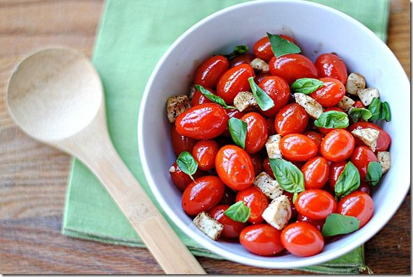 Candied balsamic tomatoes and mozzarella salad