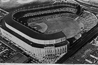 Aerial View Of Yankee Stadium 1930 S Or 40 S This Photo Is Not Dated But The Right Field Upper Deck Was Expanded 1n 1937 A Yankee Stadium Yankees Fan Yankees