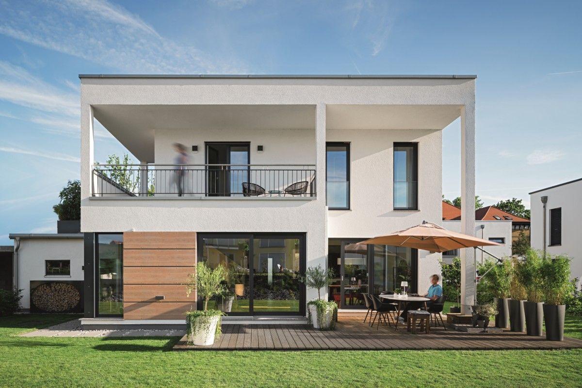 Bauhaus Stadtvilla mit Flachdach Haus Lichtdurchfluteter