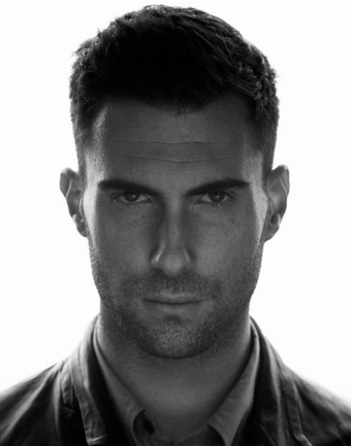 Adam Levine - Noticed this while searching for another pic... Thanks drieli