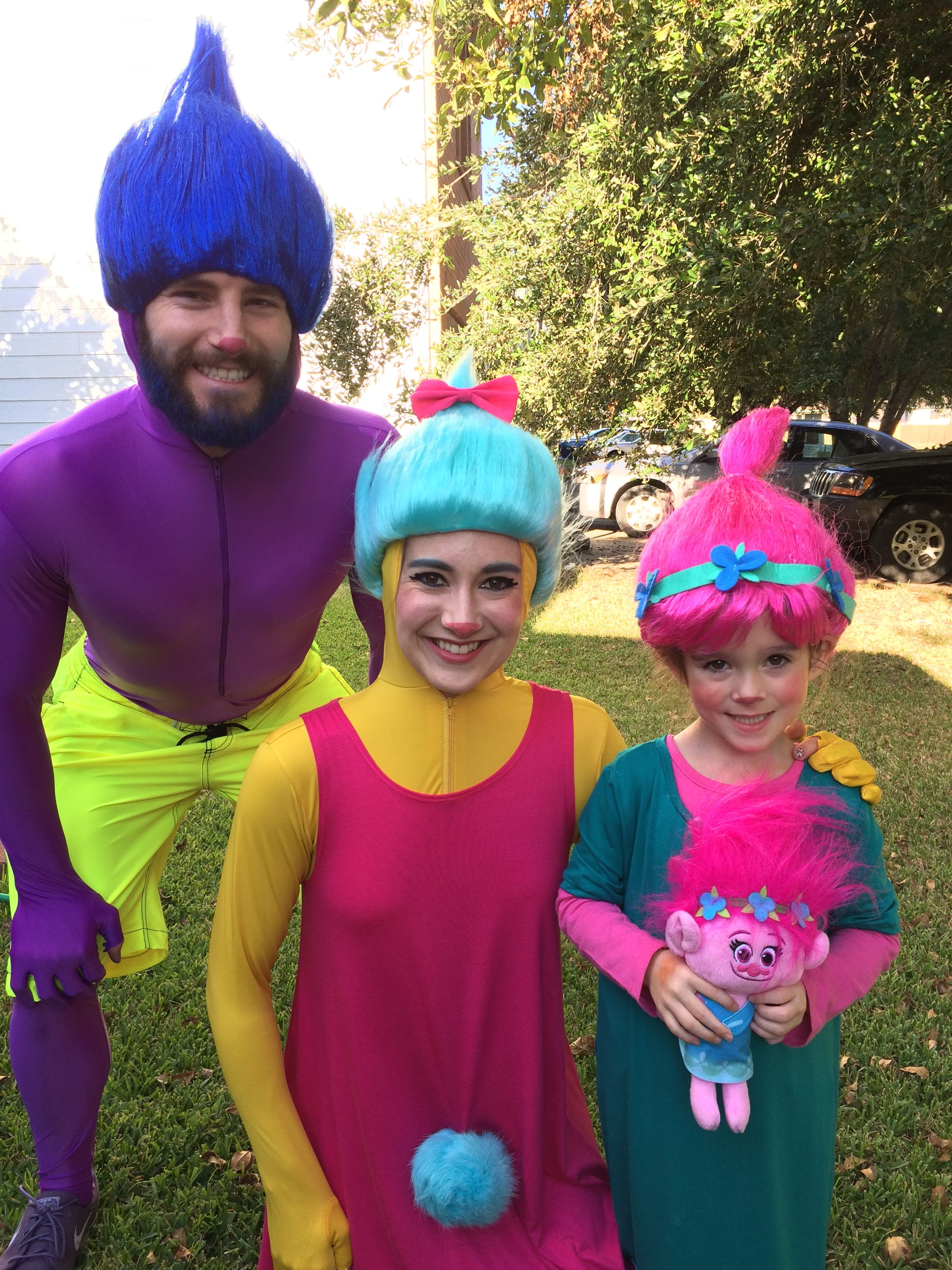 dreamworks trolls movie halloween diy family costume giving justin timberlake a run for his. Black Bedroom Furniture Sets. Home Design Ideas