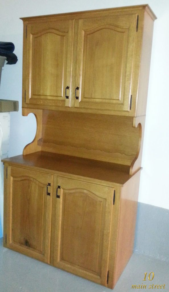 Exemple de meuble verni  le buffet dans son état d\u0027origine