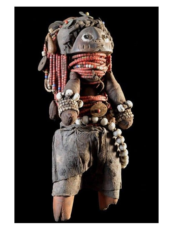 Poupee Rituelle Perlee Baggara Soudan Objet N 3828 Galerie Bruno Mignot Afrique Statue Africaine Art Traditionnel