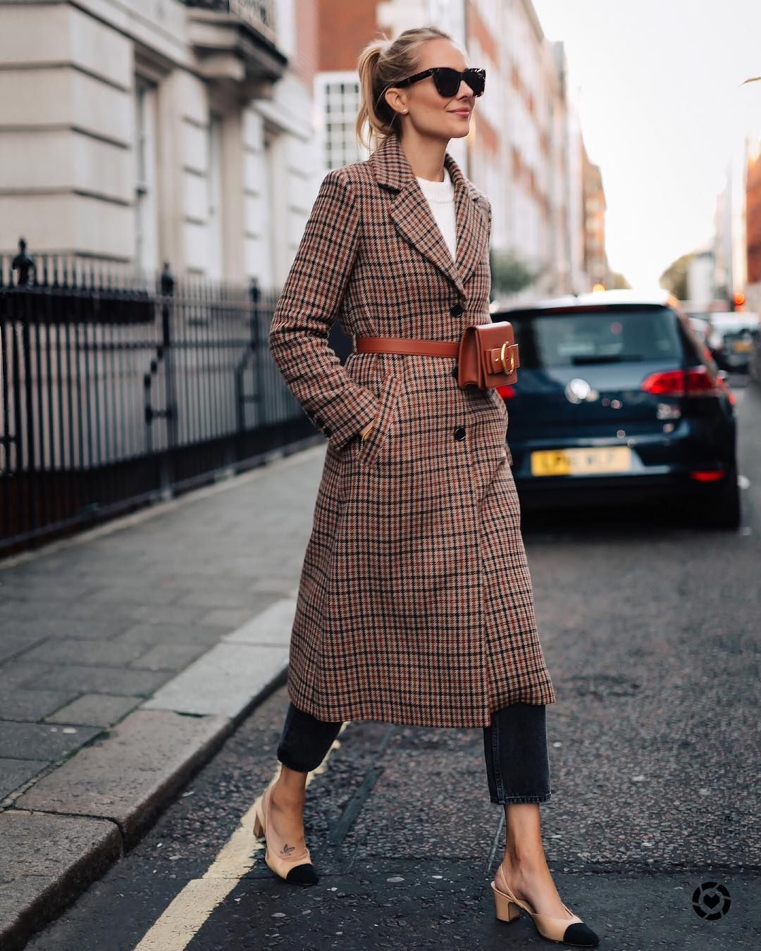 "ce2a8200e8 Amy Jackson    Fashion Jackson on Instagram  ""Probably my favorite outfit I  wore in London! Definitely getting on board with the belt bag trend."