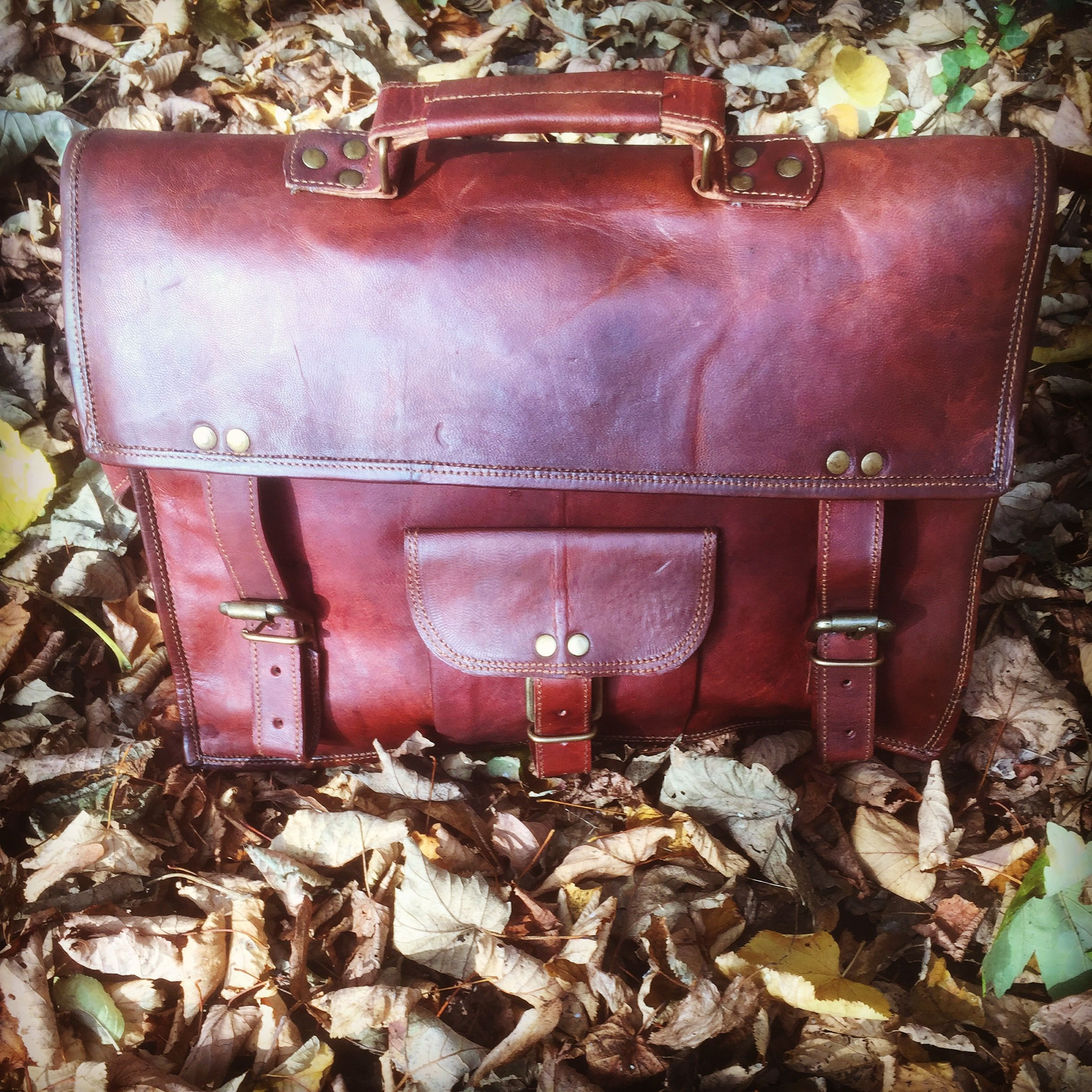 Autumn has officially landed. This vintage look brown leather satchel is now available at £74 from our start up Bristol shop FRONTIER #ethicalfashion #fairtrade #autumnfashion