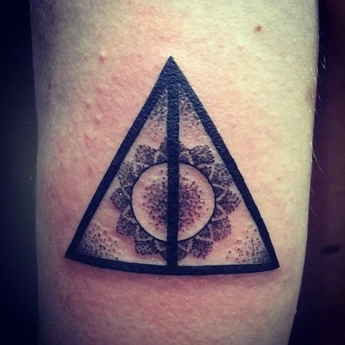 Pretty Deathly Hallows Symbol Tattoo Ideas Pinterest