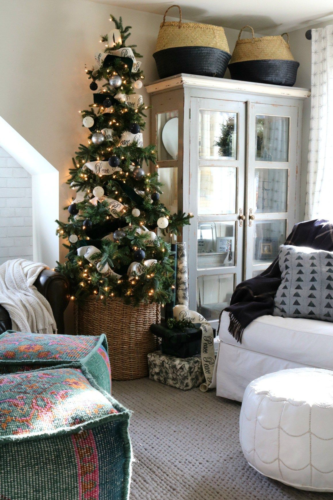 Christmas Ideas in a Small Space- Upstairs Tour