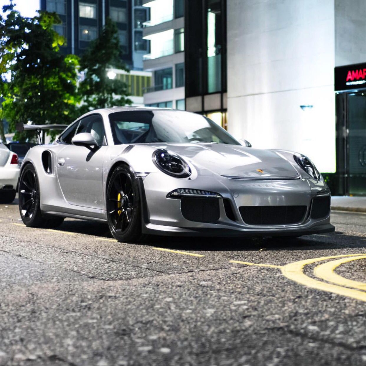 Best 30 Luxury Porsche Sport Cars Collections: Porsche 991 GT3 RS Painted In GT Silver Metallic Photo