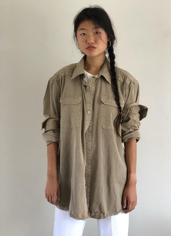 46fed092 90s Levis oversized khaki work shirt / workwear over shirt / heavy cotton  twill button down pocket s