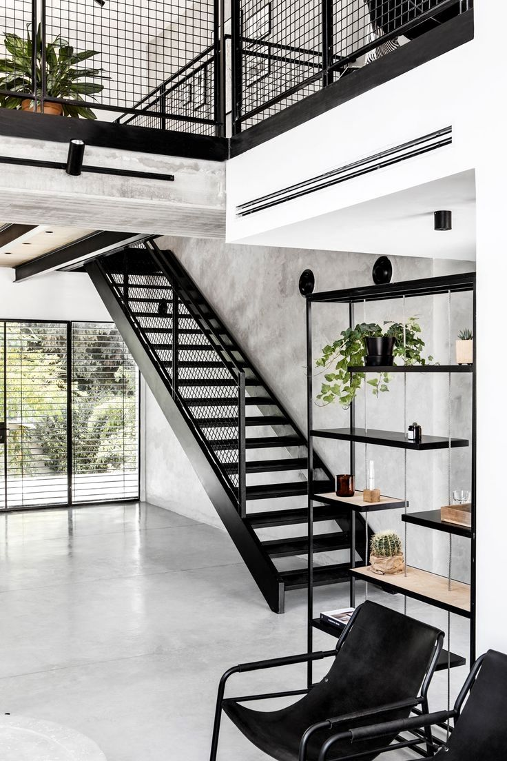 A Modern Slash Industrial House Designed By Zarta Studio With Shtaigman In Charge Of The Min Urban Industrial Decor Barn House Interior Industrial Home Design