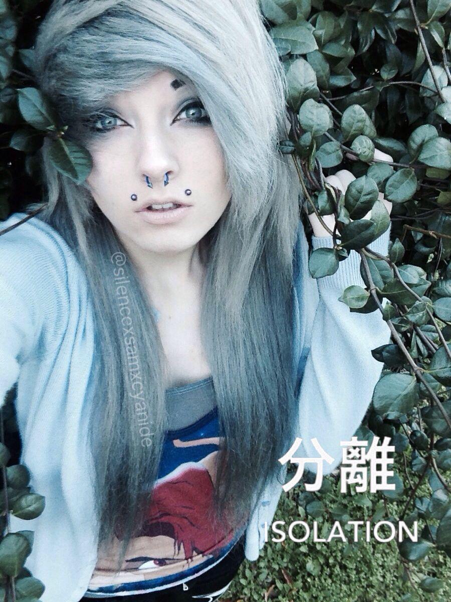 Scene girl silver hair silencexsamxcyanide sanitysu finest