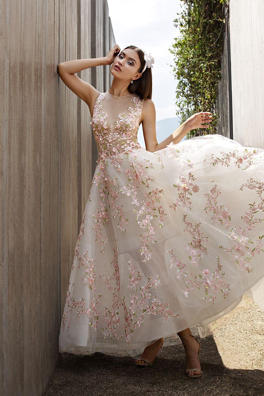 Glam Wild Free Ido Demetrios Blog Cosmobella Style 7981 Mydemetrios Glamwildfree Short Wedding Dress Informal Wedding Dresses Wedding Dress Factory [ 1382 x 922 Pixel ]