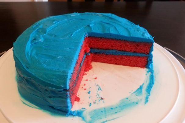 ♥Red Bull Cake!♥