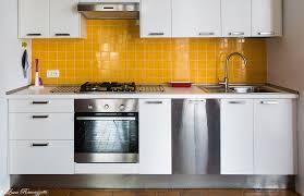 Risultati immagini per piastrelle gialle cucina casa decor