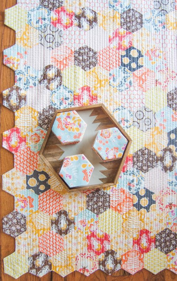 the honey pot quilt – free quilt pattern + die-cut hexagon kits ... : hexagon quilt kit - Adamdwight.com