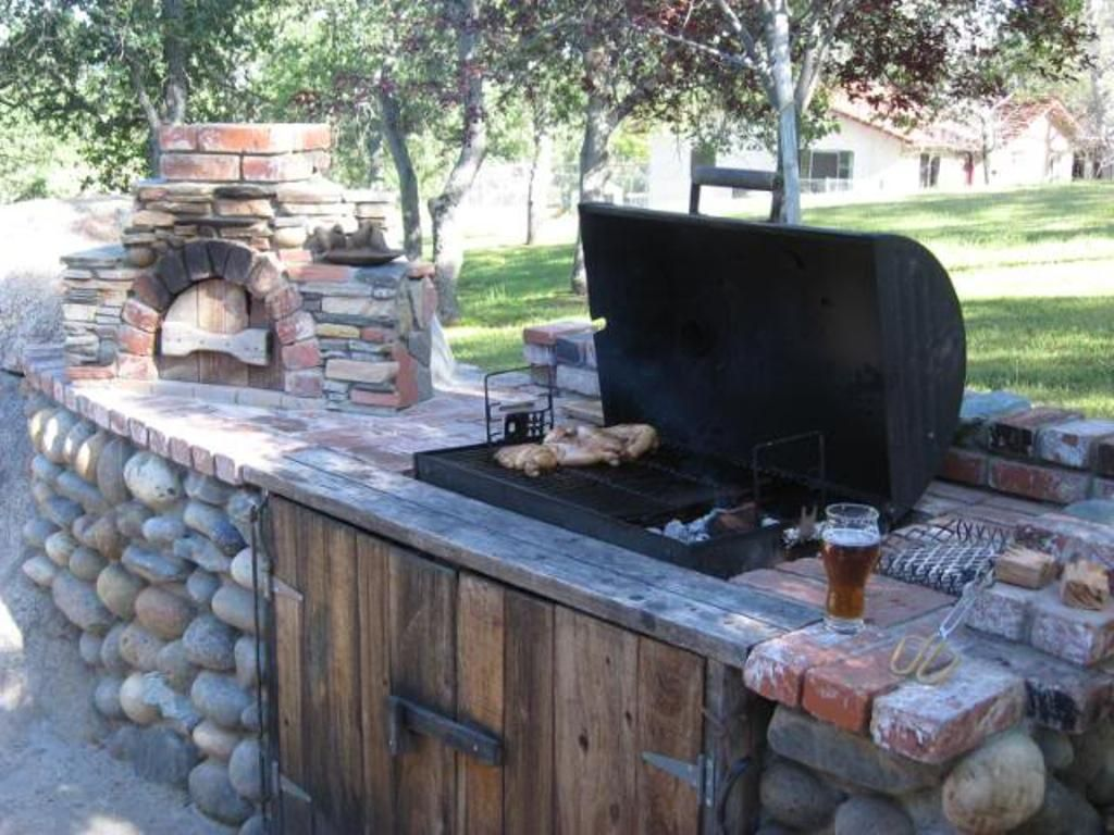 Wood Pellet Grill And Smokers Built In Bbq Outdoor Bbq Outdoor Kitchen