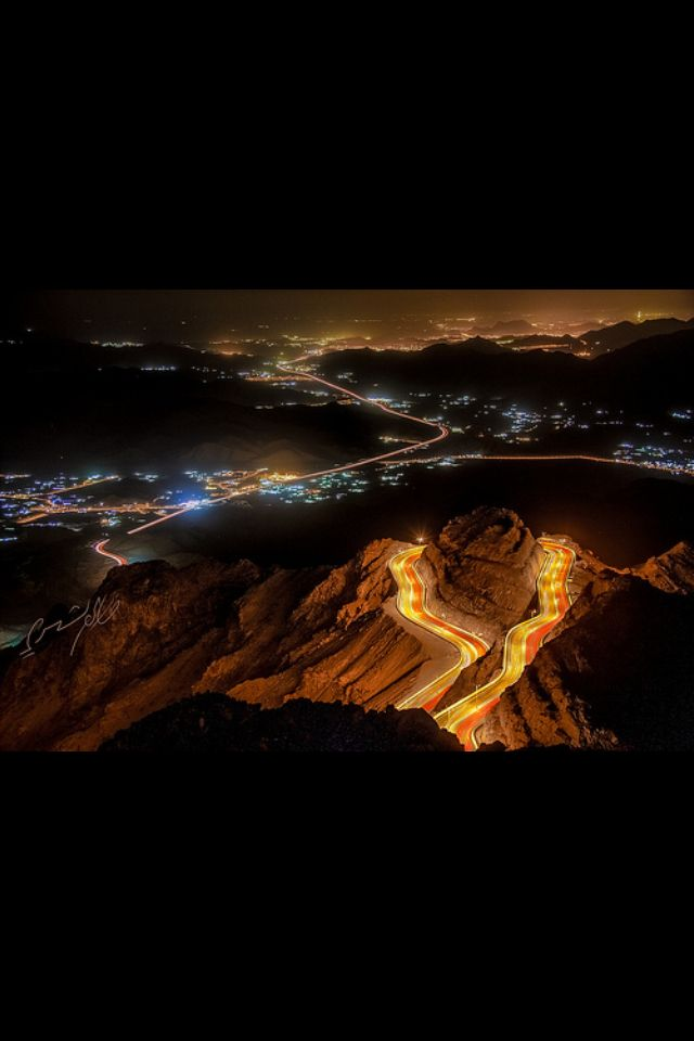 طريق الهدا الكر الطائف Alhada Road In My City Taif Places To Visit Wonders Of The World Airplane View