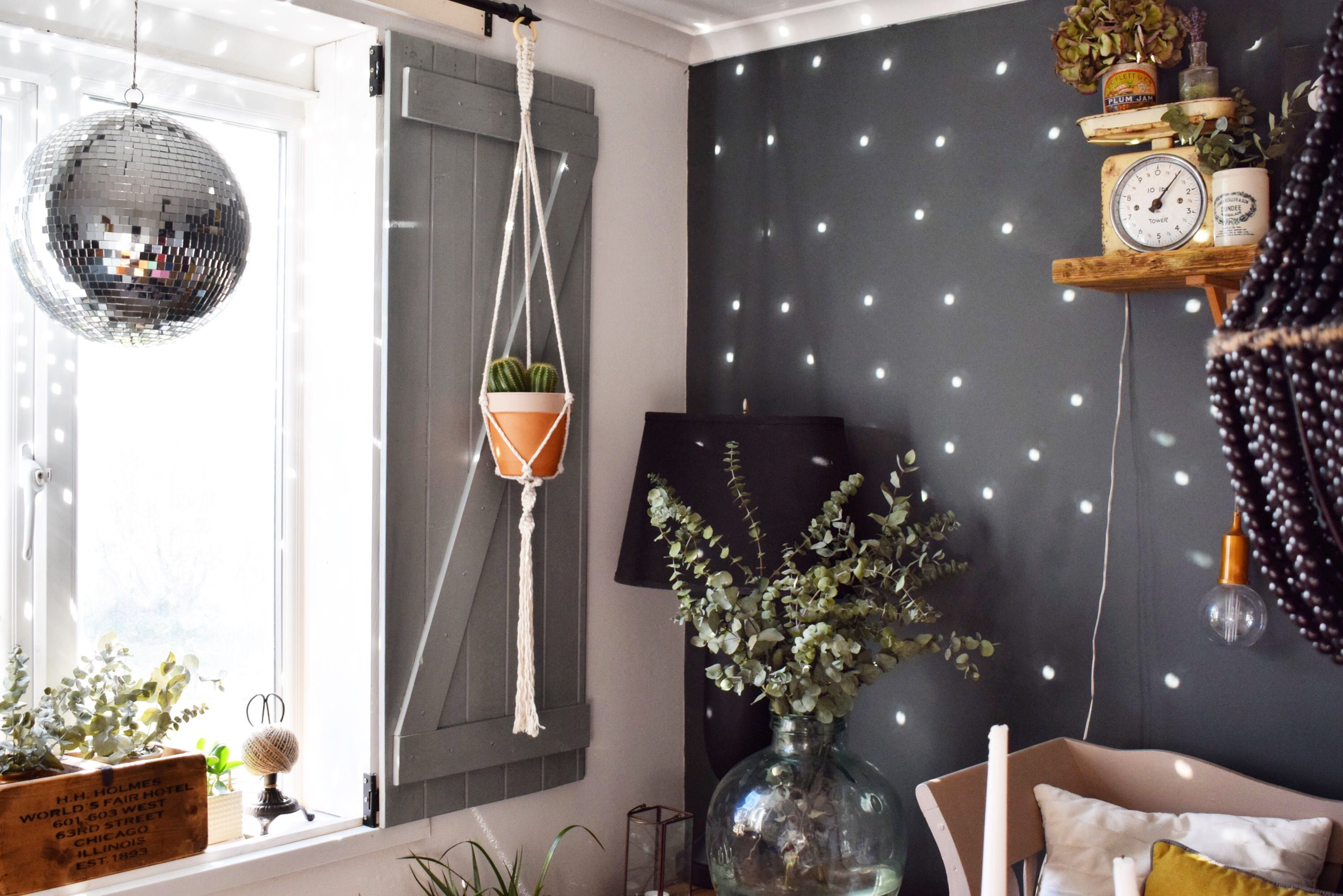 Macrame Plant Hanger Farrow And Ball Downpipe Disco Mirror Eclectic Dining Room