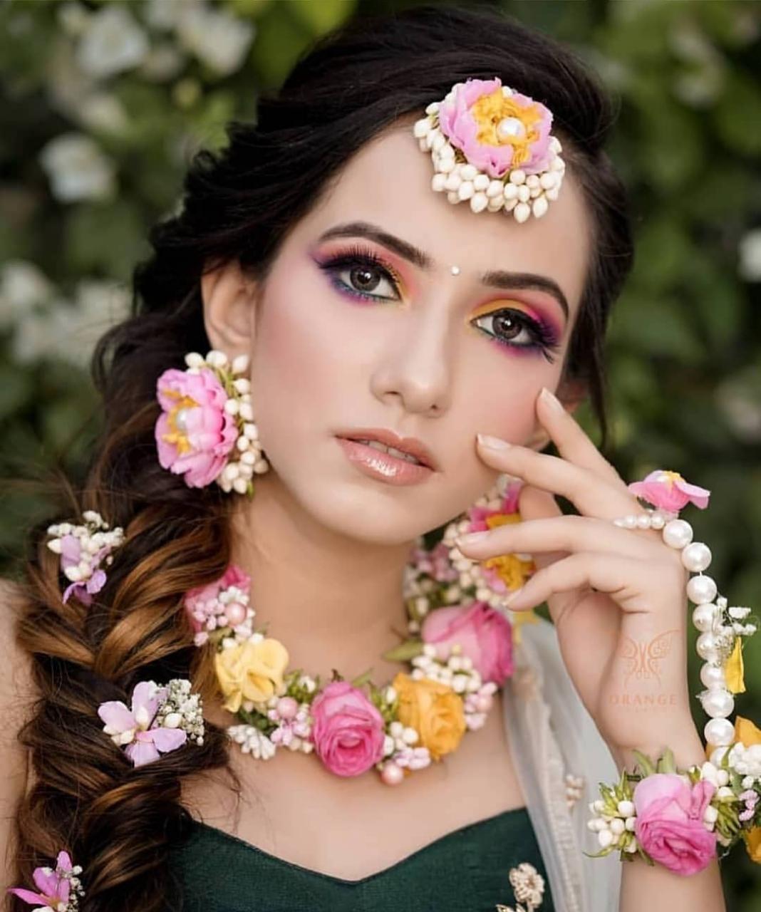 Boda india Wedding flower jewelry, Flower jewellery