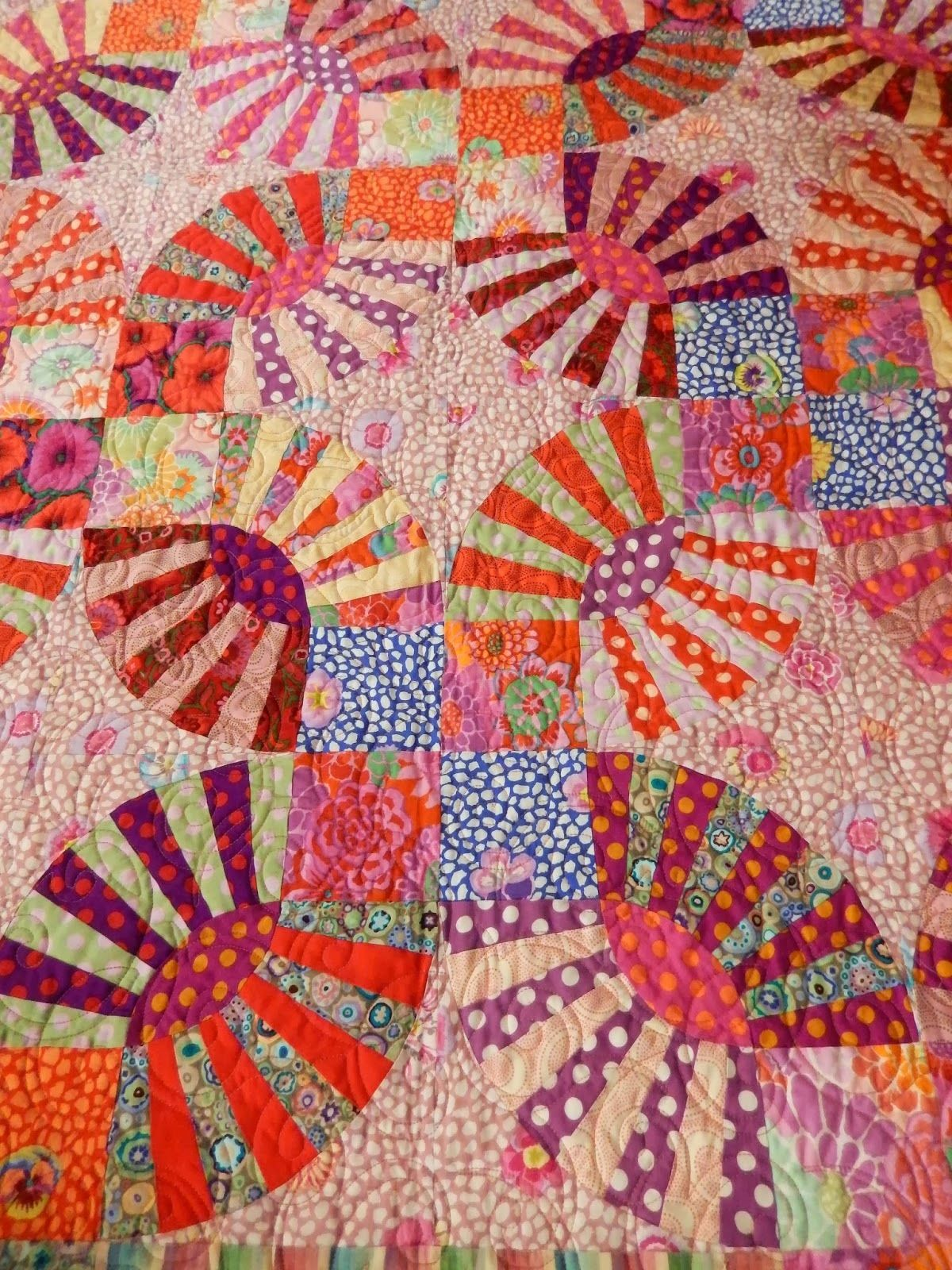 Zip-A-Dee-Do-Da by Barbara Molnar, quilted by Marlene Williams ...