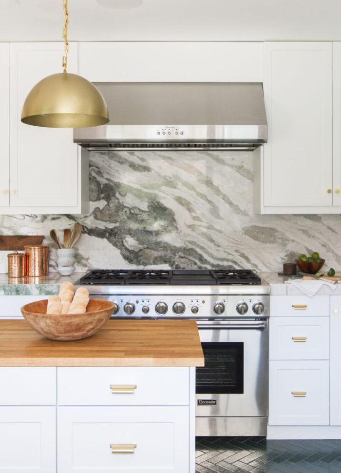 7 Things a Designer Would Never Do in a Small Kitchen