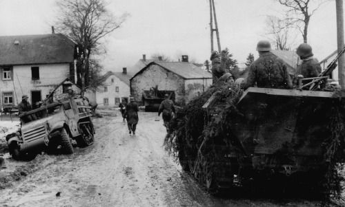 Soldiers from the Kampfgruppe Peiper in the Belgian town of Honsfeld during Ardennes Offensive December 17, 1944 via reddit [[MORE]] Supplementary Information: Field Officer Joachim reported that the Americans were still sleeping when he entered Honsfeld with the main body of the kampfgruppe. Their strength was bolstered by Tiger Tanks of the the SS-Panzer-Abteilung 501.