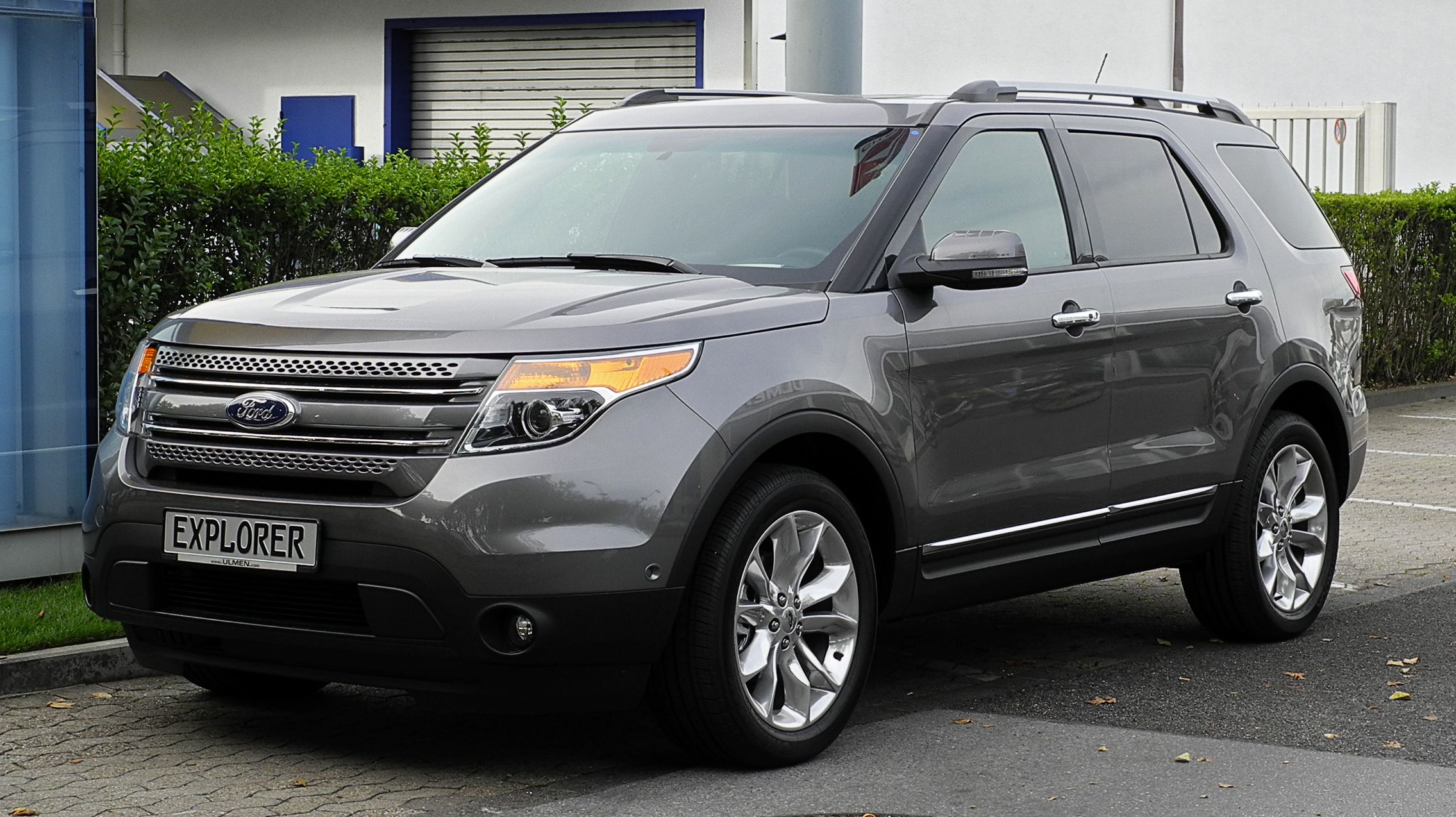 2015 FORD Explorer The Crossover Your Family Needs