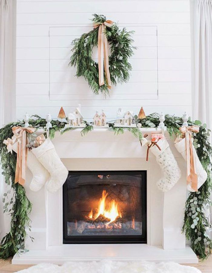 Give your mantelpiece a brand new look with this chic Christmas