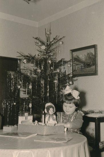 weihnachten christmas tree lametta lametta. Black Bedroom Furniture Sets. Home Design Ideas