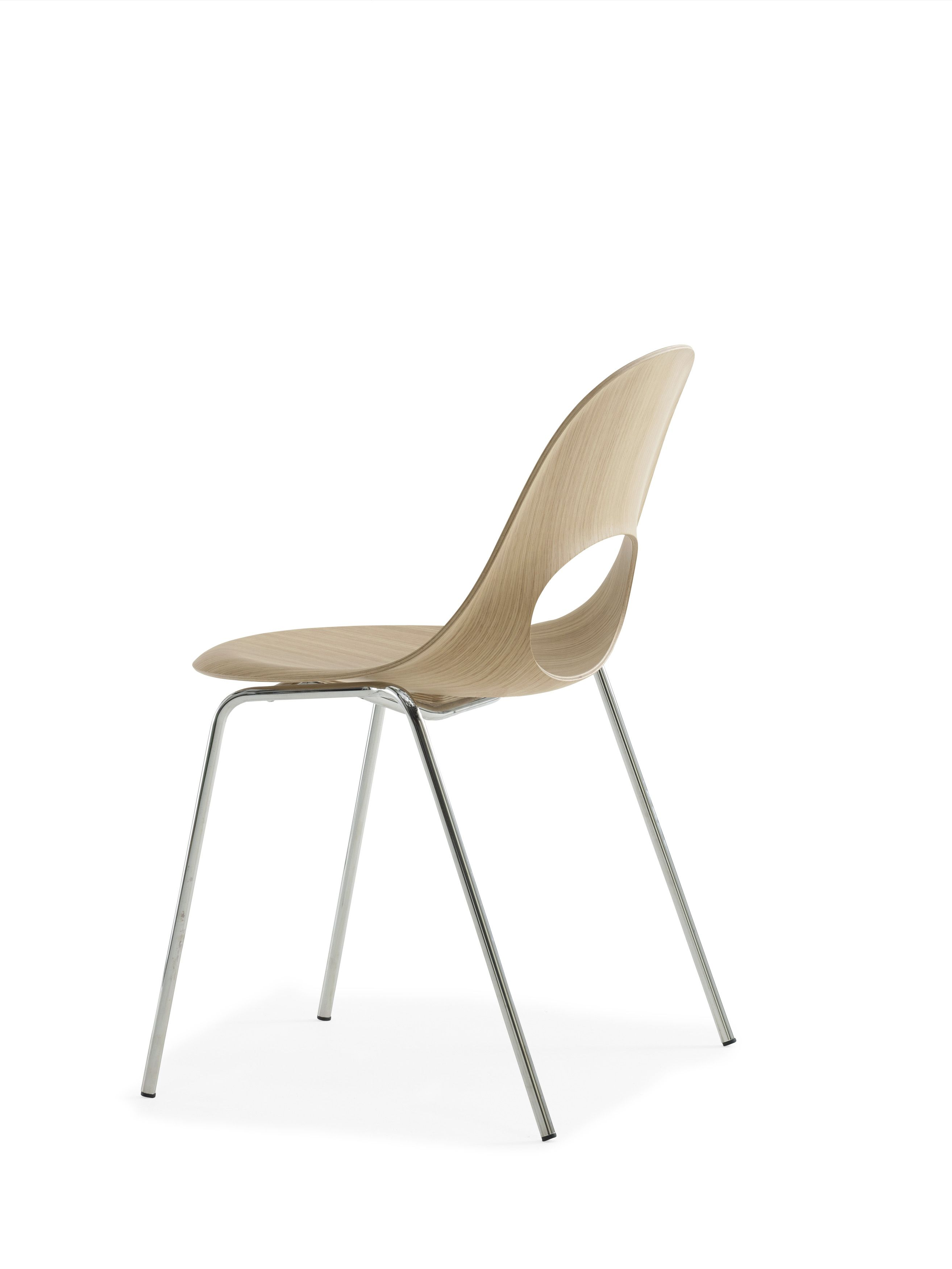 This SayO Basic Chair raw wood with metal legs which is also stackable. May be acquired with different types of wood veneer. Find out more at www.sayo.dk.