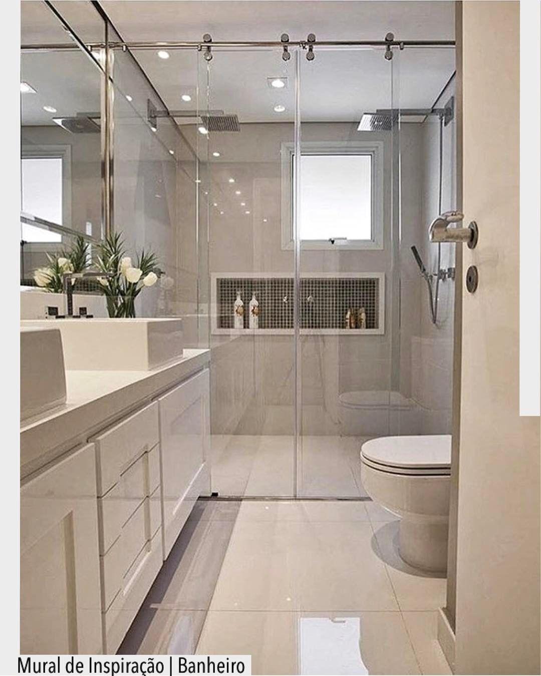 Banheiro Lindo Em Tons Neutros Destaque Para A Area De Banho