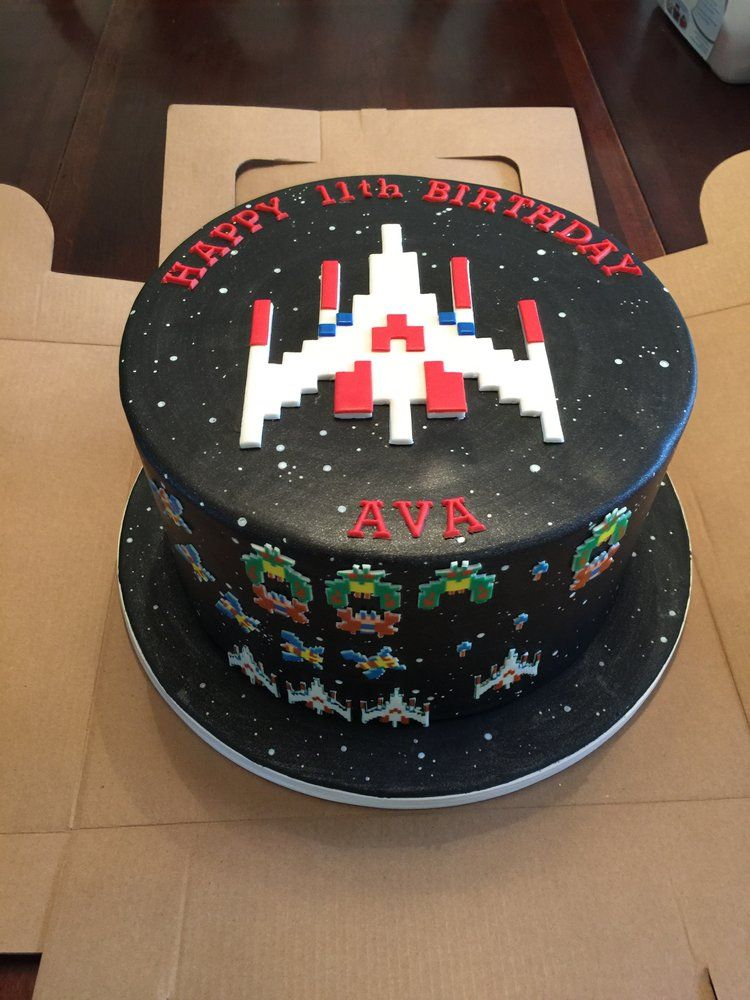 Fantasy Frostings Galaga Cake South Pas Yelp Its A Party