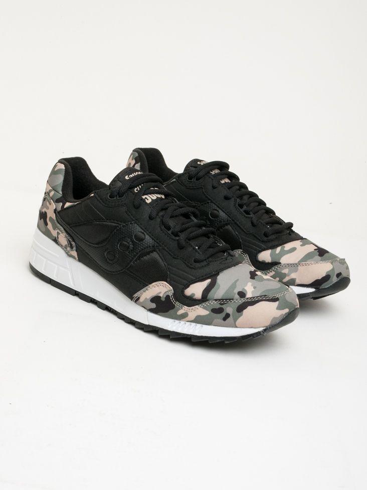 Scopri Sneakers basse Shadow 5000 Camo Saucony. Approfitta delle migliori  offerte Streetwear e Sneakers e