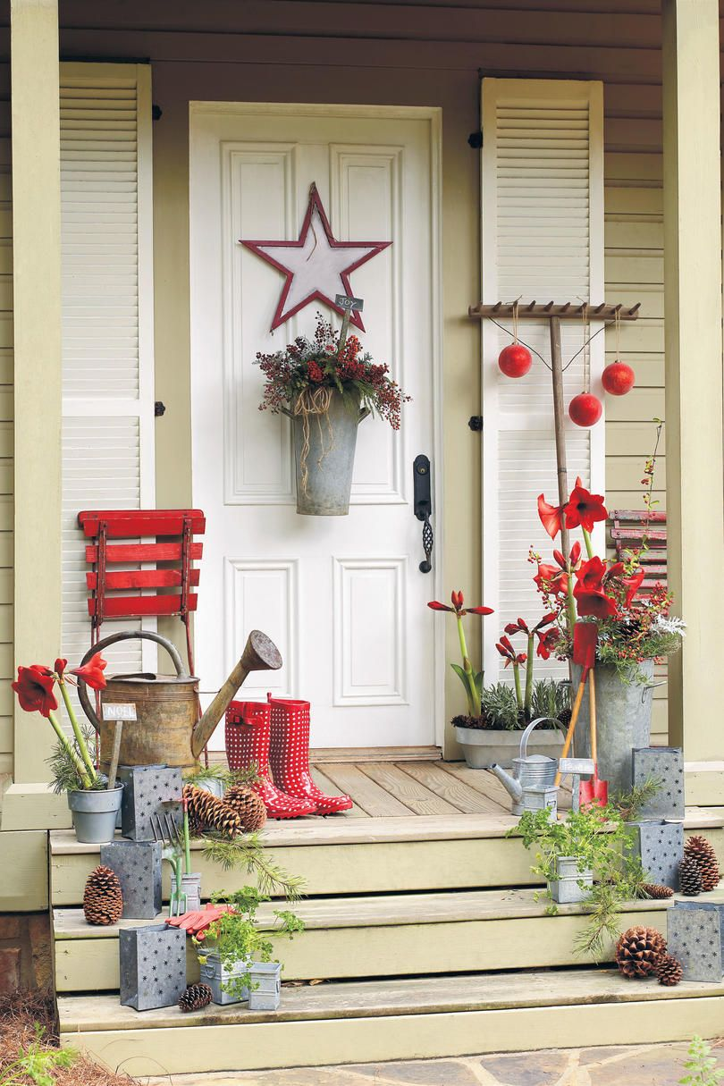 Our Best-Ever Holiday Decorating Ideas | Garden theme, Holidays and ...