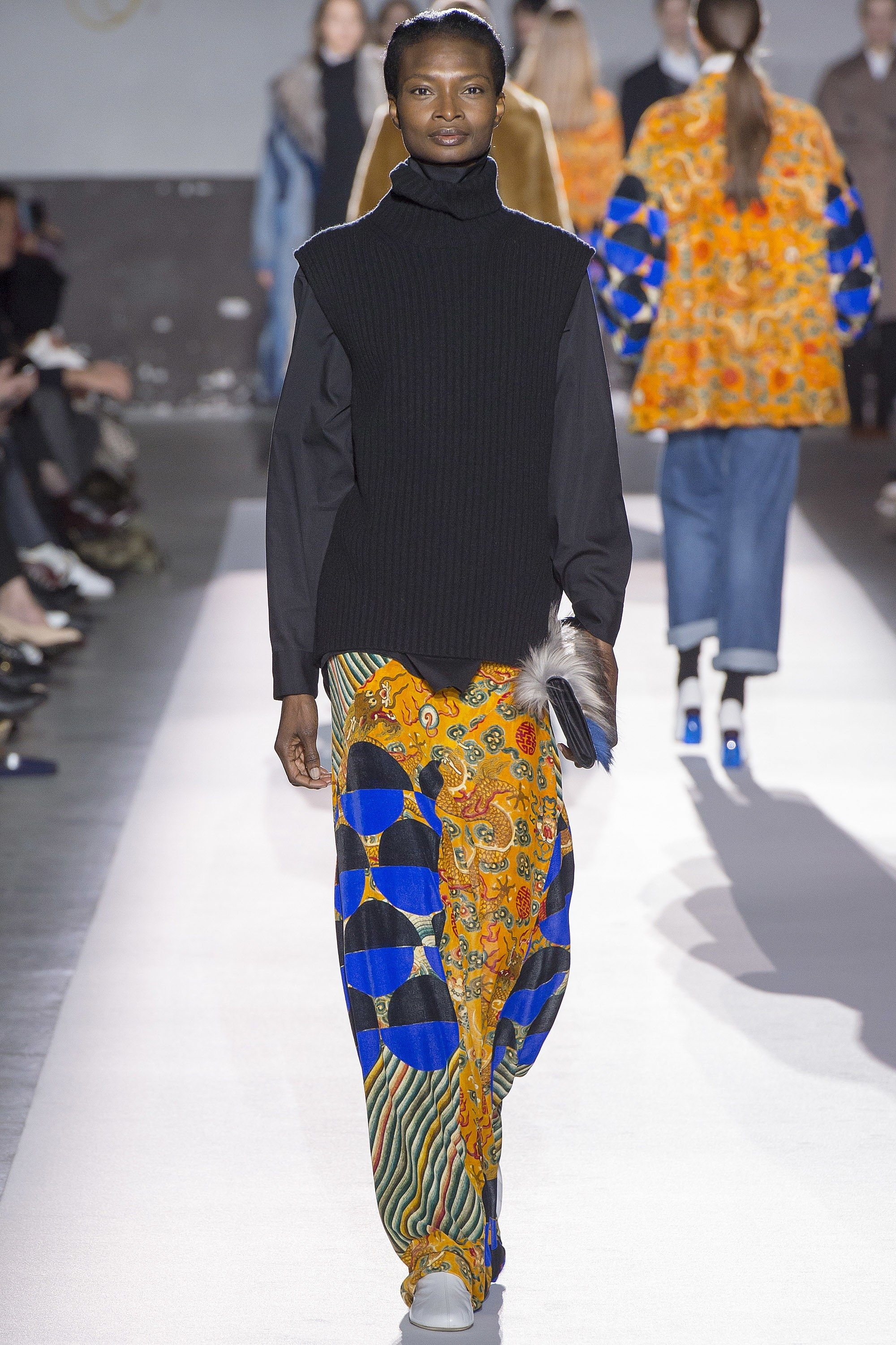 Dries van noten fall 2017 ready to wear fashion show vans dries van noten fall 2017 ready to wear fashion show ombrellifo Images