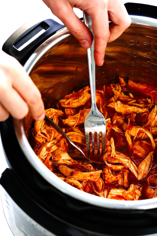3-Ingredient Mexican Shredded Chicken #mexicanchickentacos