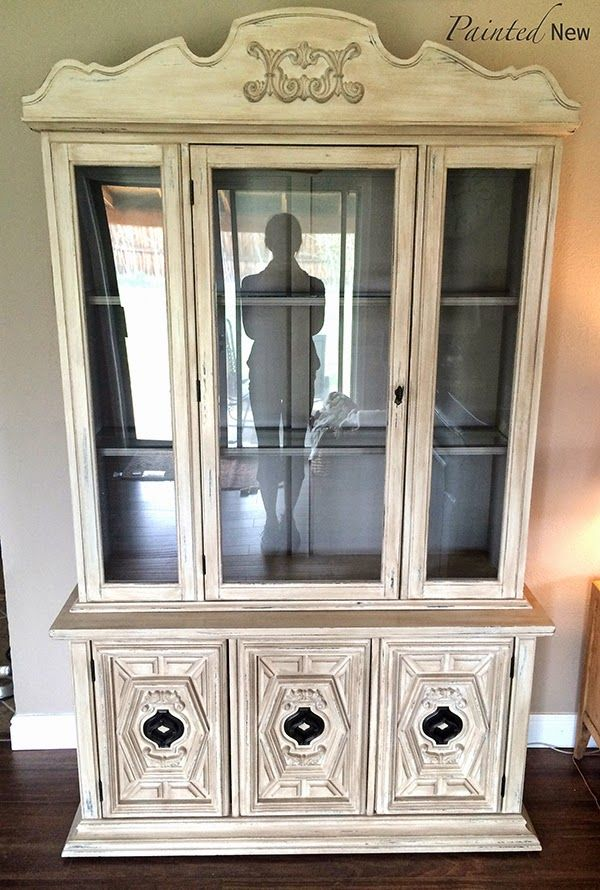 China cabinet/ hutch makeover with chalk paint (aubusson blue, antique white,  cocoa), dry brushing, and Annie Sloan clear wax - China Cabinet/ Hutch Makeover With Chalk Paint (aubusson Blue