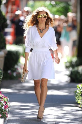 17c09538885 Halston Dresses on SATC 2 | style | Fashion, Sarah jessica parker ...