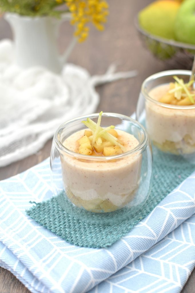 Crèmes vanillées et leurs pommes caramélisées (vegan) http://www.lesrecettesdejuliette.fr