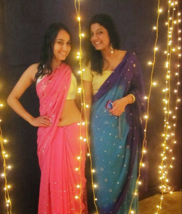 sexy-college-girls-in-saree