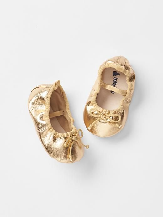 gold . Mary jane ballet flats .
