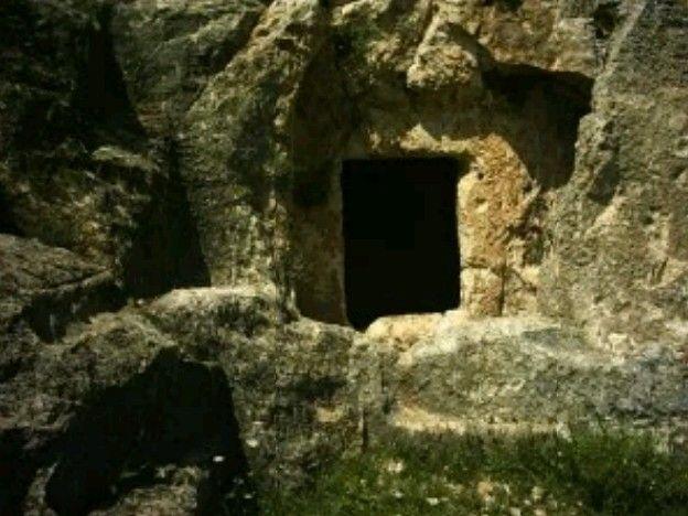 Turus rock tombs-(Tharse ancient city)-Roman period-Year built: BC 1th century&AC 4th century-Kuyulu(Turus) village-Adıyaman